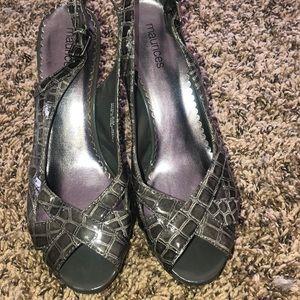 Maurice's gray croc pattern heels